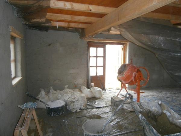 chata w bieszczadach, pokoje w bieszczadach, dom z gliny